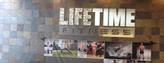 Life Time Fitness is one of สถานที่ที่ Mike ถูกใจ.