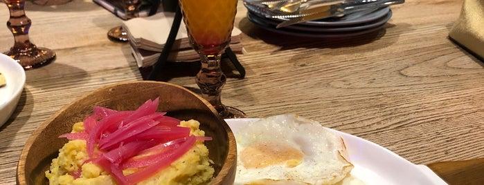 BURRA Burger & Birra is one of Santo Domingo Eats.