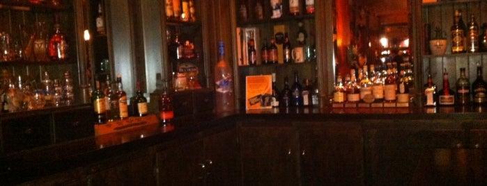 Peggy Kinnane's Irish Restaurant & Pub is one of Public Houses.
