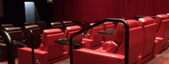 MGN Five Star Cinema is one of Nicole'nin Beğendiği Mekanlar.