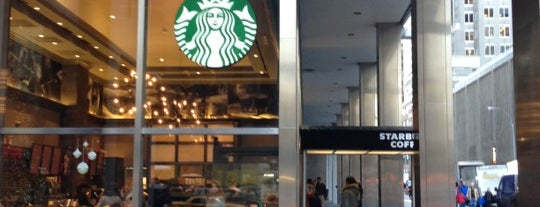 Starbucks is one of David 님이 좋아한 장소.