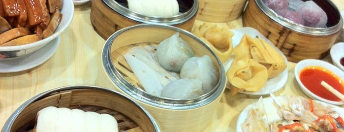 Tai Wing Wah Restaurant is one of hong kong 2014 michelin stars.