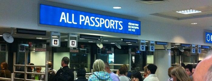 Pasová kontrola | Passport control is one of Lugares favoritos de Igor.