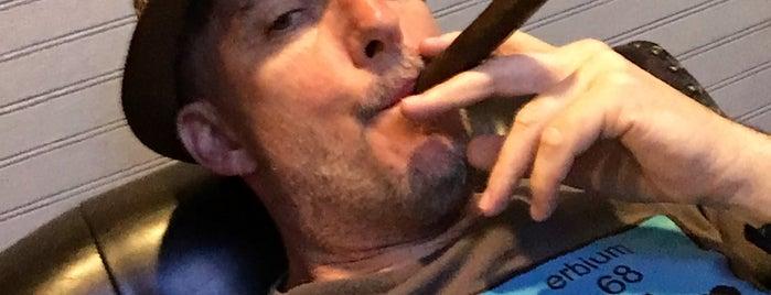 Napa Cigars is one of Josh : понравившиеся места.