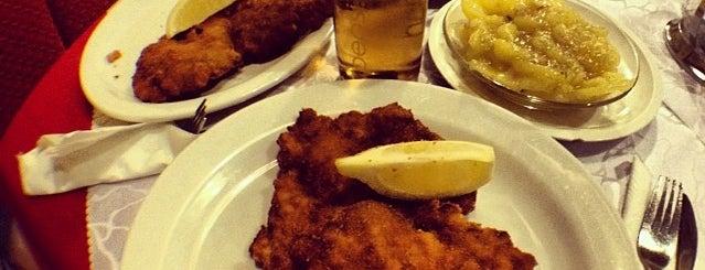 Schnitzel 52 is one of 🍔🧀🍕.