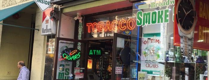 Underground Smoke Shop is one of Locais curtidos por 💋Meekrz💋.