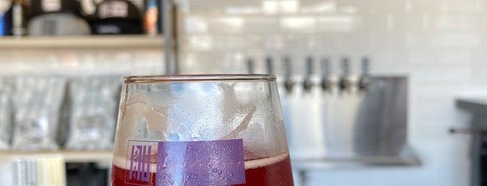 Inu Island Ales is one of Hawaiian Island Breweries.