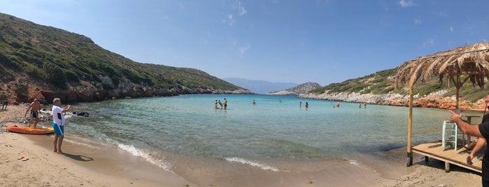Livadaki Beach is one of Samos Plaj 🏓.
