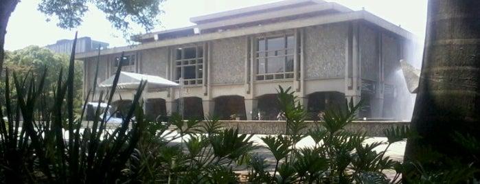 Universidad de Antioquia is one of Lugares favoritos de Natalia.