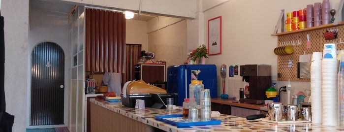 Café Moscú is one of Lugares favoritos de Norma.