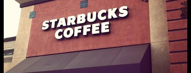 Starbucks is one of สถานที่ที่ Aaron ถูกใจ.