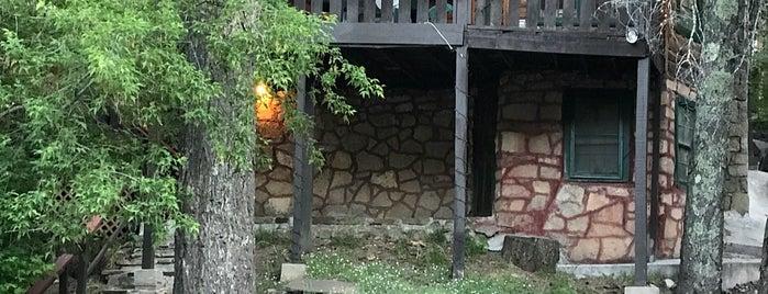 Noisy Water Lodge is one of Orte, die Rosario gefallen.