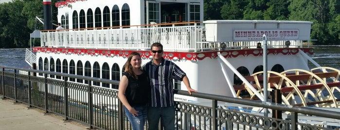 Minneapolis Queen Riverboat is one of Tempat yang Disimpan Candace.