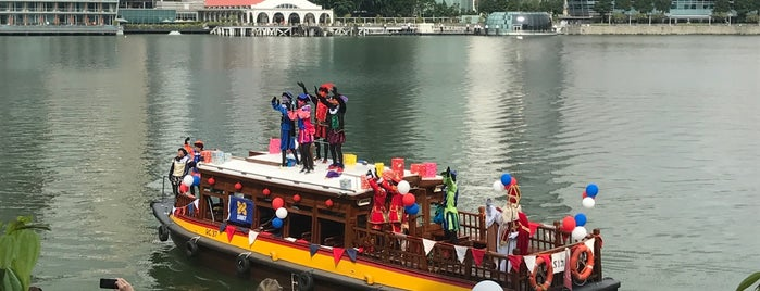 Singapore River Cruise, Bayfront South is one of Giggleさんのお気に入りスポット.