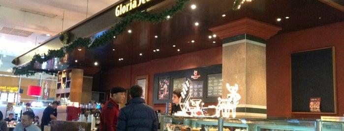 Gloria Jean's Coffees is one of Orte, die Irina gefallen.