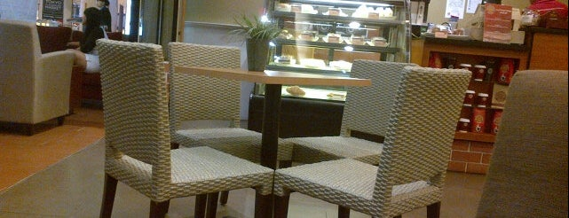 Bengawan Solo Coffee is one of Febrina's Liked Places.