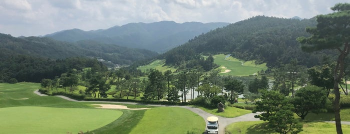 파가니카CC is one of Tempat yang Disukai Hyunjoo.