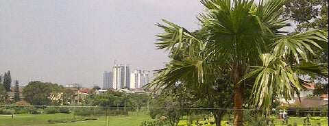 Pondok Indah Golf & Country Club is one of Orte, die Natasha gefallen.