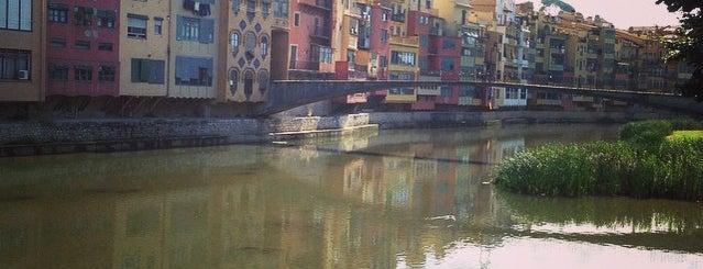 Girona is one of Orte, die Ksenia gefallen.