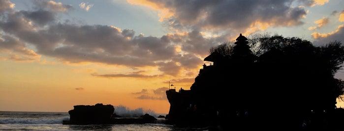 Tanah Lot Sunset Terrace is one of Orte, die Ksenia gefallen.