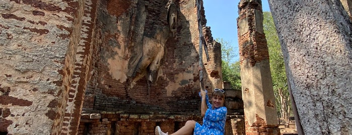 Wat Phra Si Iriyabot is one of สถานที่ที่ Masahiro ถูกใจ.