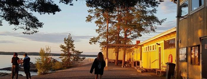 Rauhaniemen kansankylpylä is one of Places I have been.