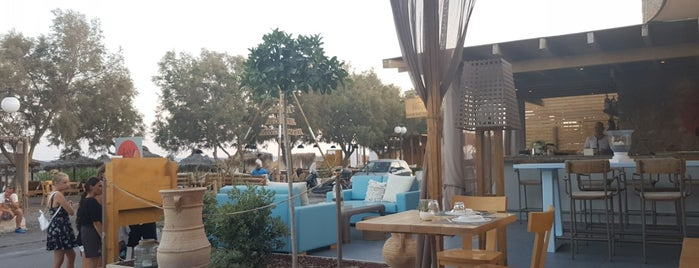 Fougaro Beach Bar Restaurant Santorini is one of greece.
