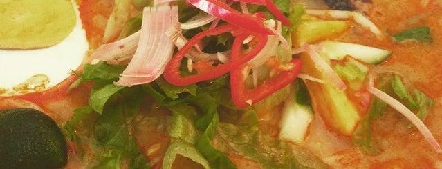 Ecogreen Organic Shop & Life Cafe is one of Lugares favoritos de Rahmat.