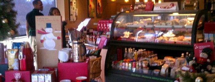 Starbucks is one of Tempat yang Disimpan Bella.