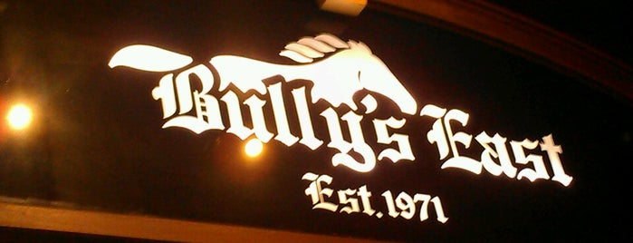 Bully's East Restaurant is one of Paul : понравившиеся места.