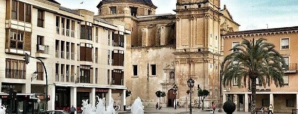 Basílica de Santa María is one of Lugares favoritos de Wendy.