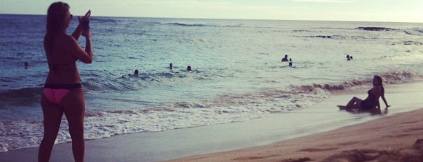 Sheraton Beach is one of Locais curtidos por Luke.
