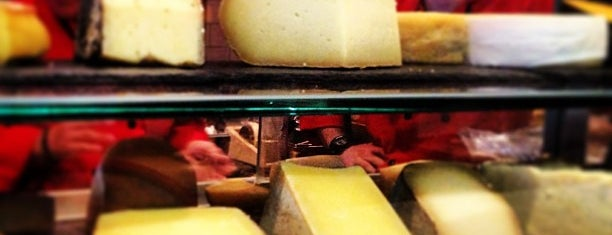 Murray's Cheese Bar is one of Food Near the Venues.