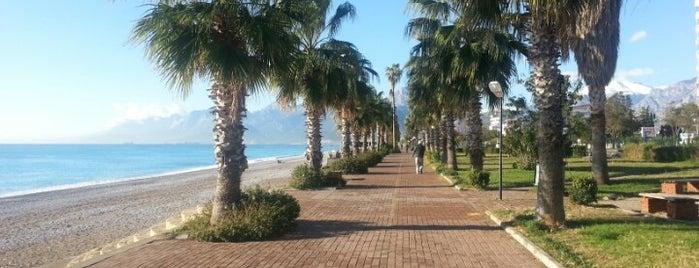 Konyaaltı Plajı is one of Yerler - Antalya.