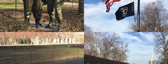 Memorial a los Veteranos del Vietnam is one of Washington, DC Wish List.