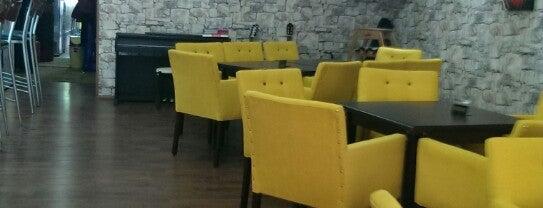 Cat Cafe is one of Posti che sono piaciuti a Fatih.