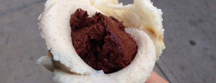 Amorino Gelato is one of Desserts Around NYU.