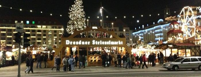Dresdner Striezelmarkt is one of Sehenswürdigkeiten.