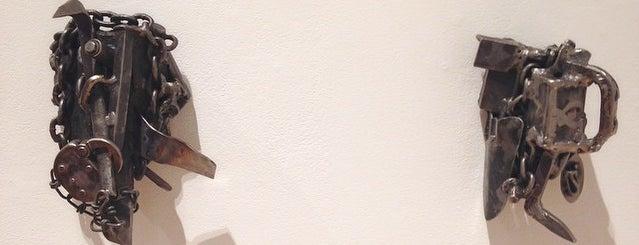 Bakalar & Paine Galleries is one of Posti che sono piaciuti a Carlin.