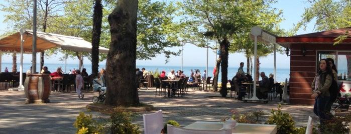 Jineps Cafe & Restaurant is one of Lugares favoritos de Semih.