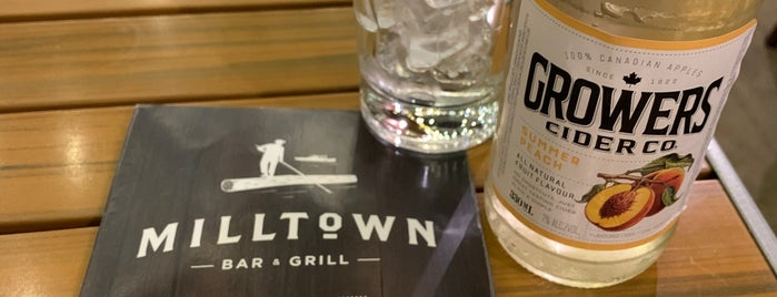 Milltown Bar & Grill is one of Vancouver/Seattle.