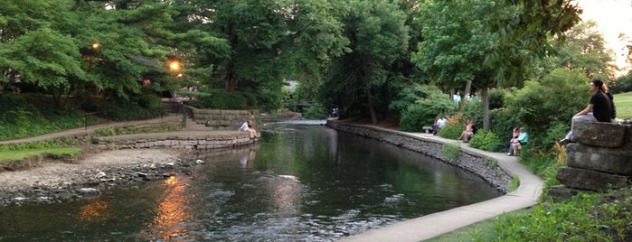 Naperville Riverwalk is one of Bobbie 님이 저장한 장소.