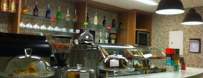 Café Tritutti is one of Tempat yang Disimpan Fernandinho Good.