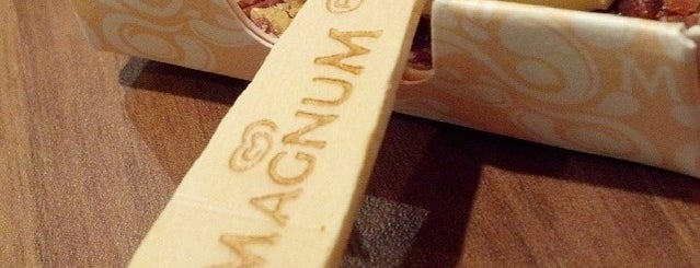 Magnum Pleasure Spot is one of Tempat yang Disukai Michel.