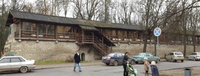 Старая Крепость / Staraya krepost is one of Псковский Общепит.