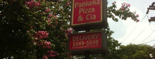 Que Pankeka Pizza & Cia is one of Orte, die Leandro gefallen.