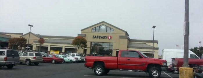 Safeway is one of Locais salvos de Susan.