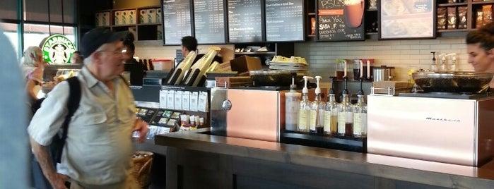 Starbucks is one of Orte, die Anabel gefallen.