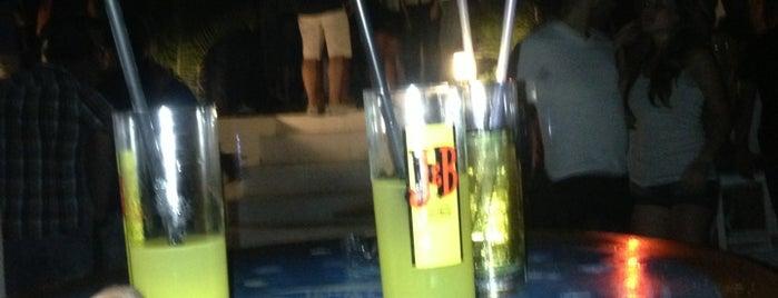 Aqua Beach Party is one of Aile mekanlarım.