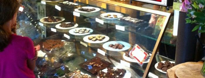 Daily Chocolate is one of สถานที่ที่บันทึกไว้ของ Dana.